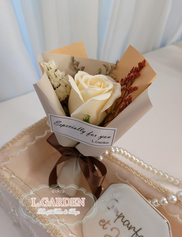 bouquet-XS01-MT1