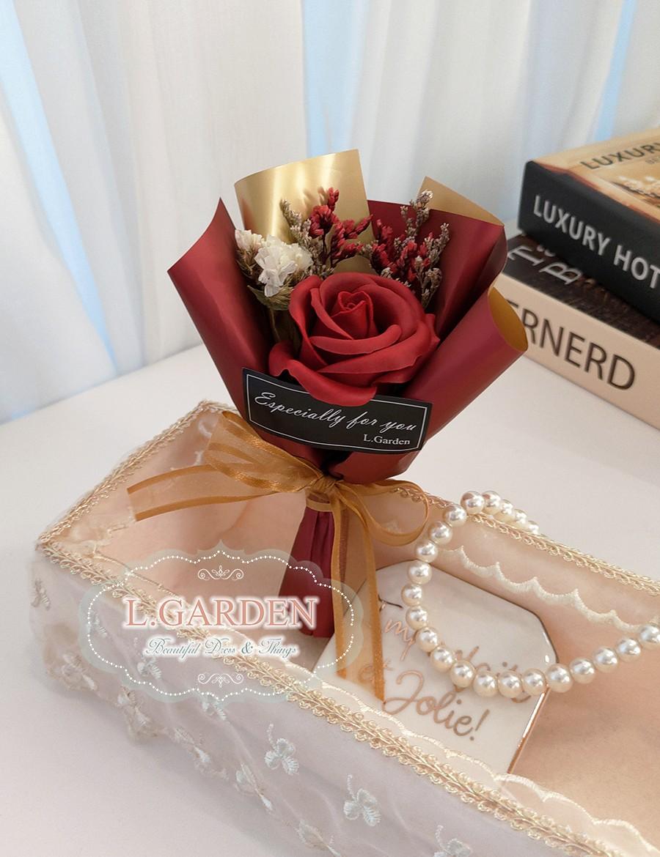 bouquet-XS01-R1