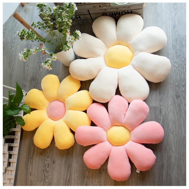 pillow-daisy-B1